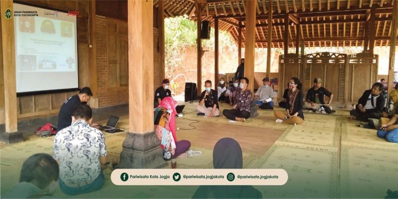 Pengelola Kampung Wisata Kota Yogyakarta Ikuti Studi Banding